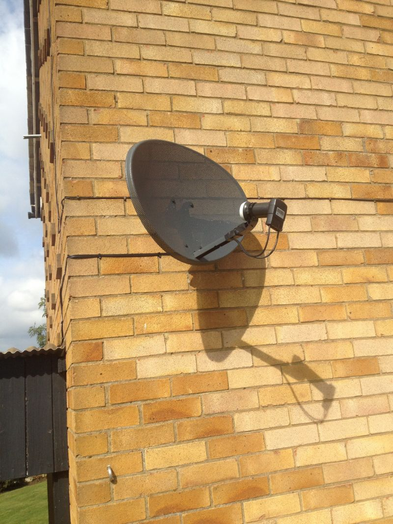 sky dish installation in Blecthley